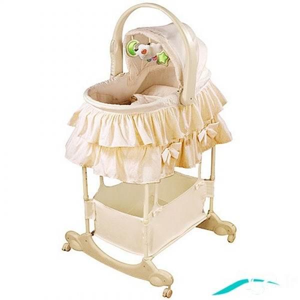 گهواره های پایه بلند نوزادان