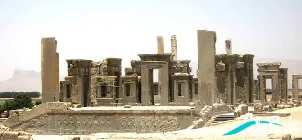 تخت جمشید باستانی