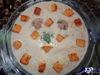طرز تهیه سوپ جو با شیر و قارچ