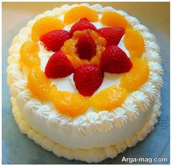 تزیینات به روز کیک خانگی با میوه