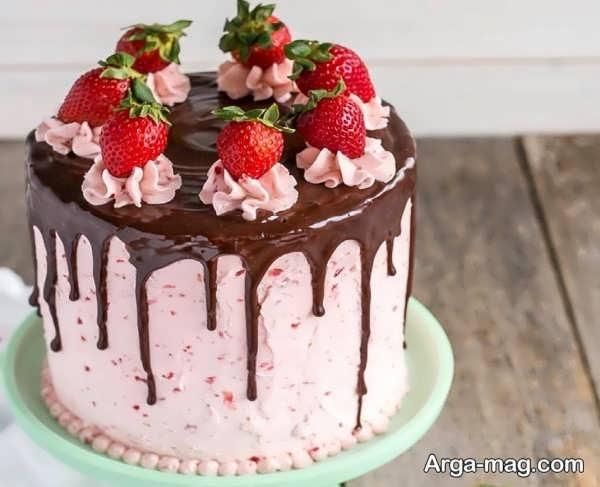 تزیینات دیدنی کیک خانگی با میوه