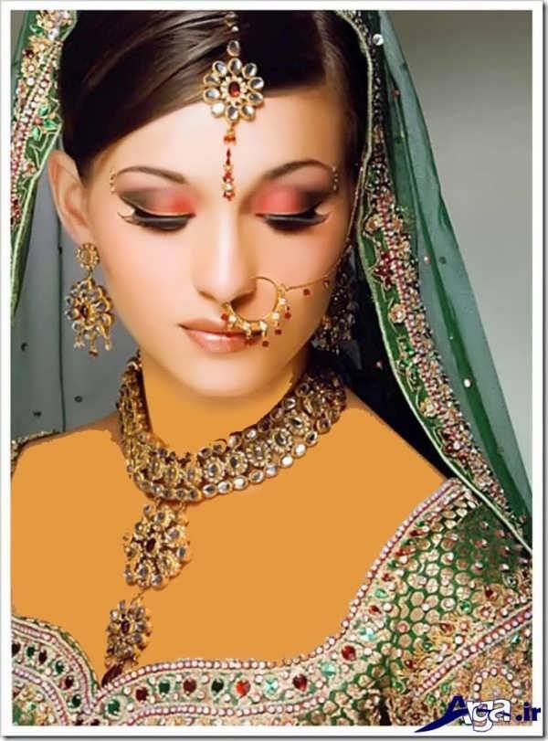 آرایش صورت عروس به سبک هندی