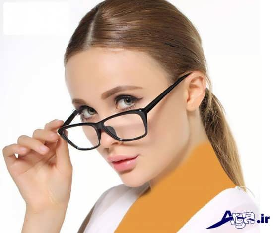 عینک طبی با رنگ تیره