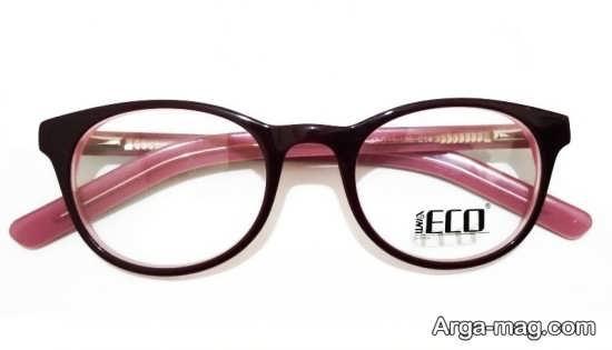 مدلی زیبا از عینک طبی