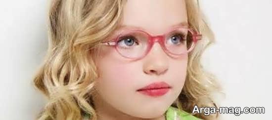 مدلی از عینک طبی