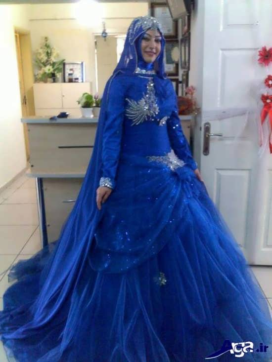 مدل لباس نامزدی پوشیده آبی تیره