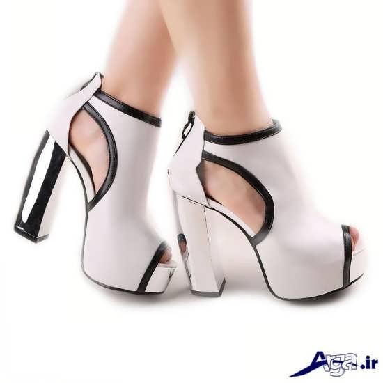 کفش پاشنه بلند و جلو باز عروس