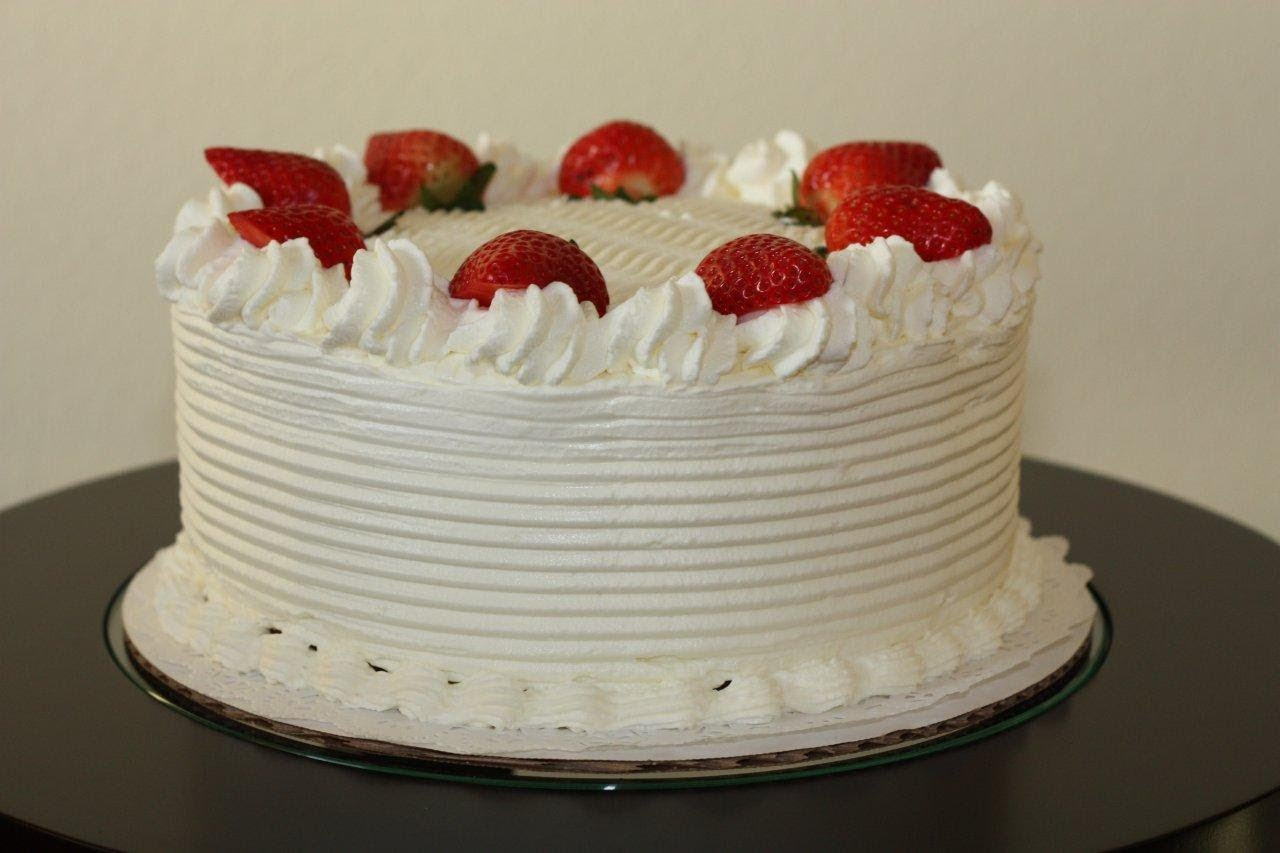Publix Vanilla Cake With Whipped Cream Frosting Recipe