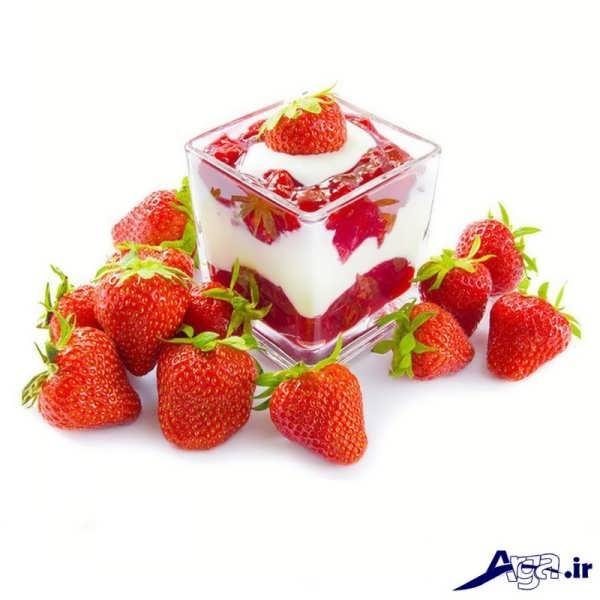مدل های تزیین بستنی با توت فرنگی به شکل های متنوع و زیبا