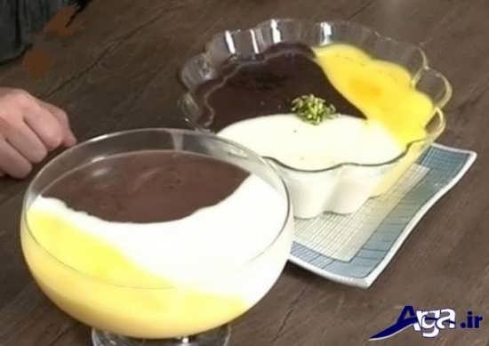 تزیین فرنی با سه رنگ سفید و قهوه ای و زرد