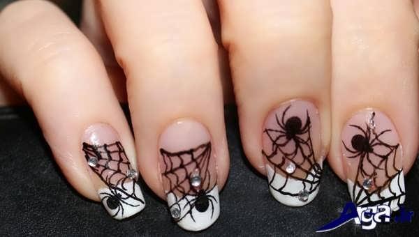 مدل دیزاین ناخن با طرح عنکبوت