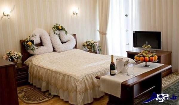 تزیین ساده اتاق عروس