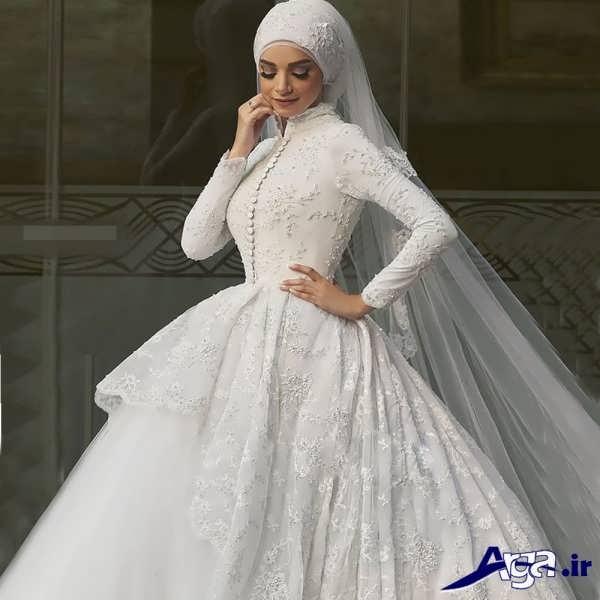 لباس عروس عربی پوشیده با تور بلند