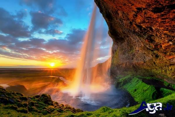 عکس آبشار در غروب آفتاب