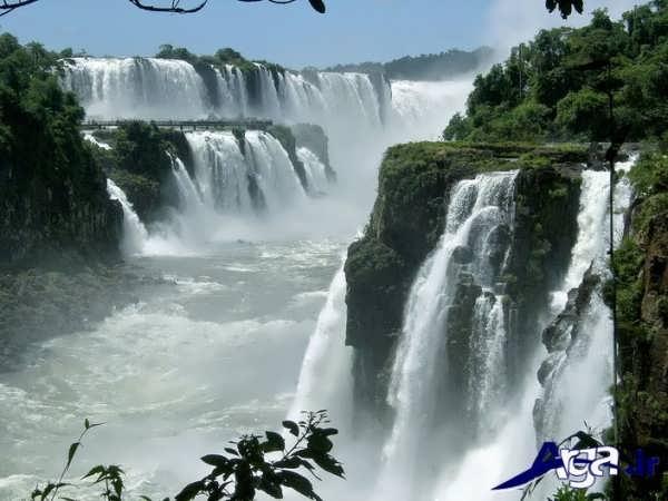 عکس آبشاری جذاب