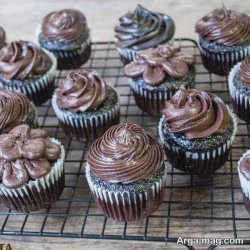 تزیینات تماشایی کاپ کیک شکلاتی