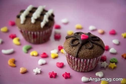 تزیینات ساده کاپ کیک شکلاتی