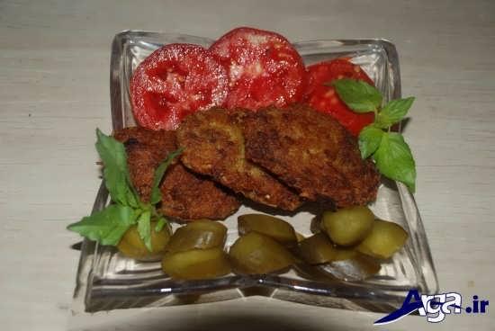 کتلت گوشت با تزیین ساده