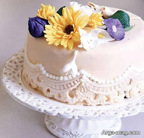 تزیین کیک شیک با خمیر فوندانت