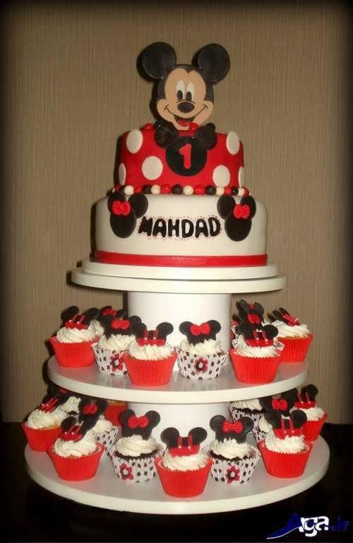تزیین زیبا کیک تولد با کمک کاپ کیک های زیبا