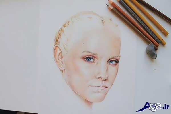 آموزش نقاشی چهره انسان