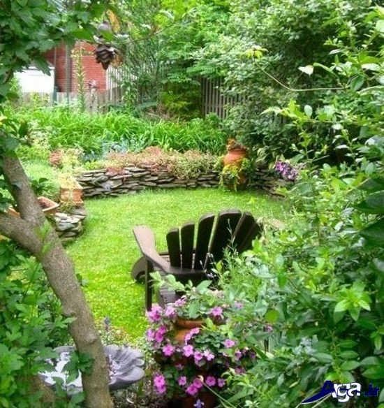 تزیین ساده باغچه منزل