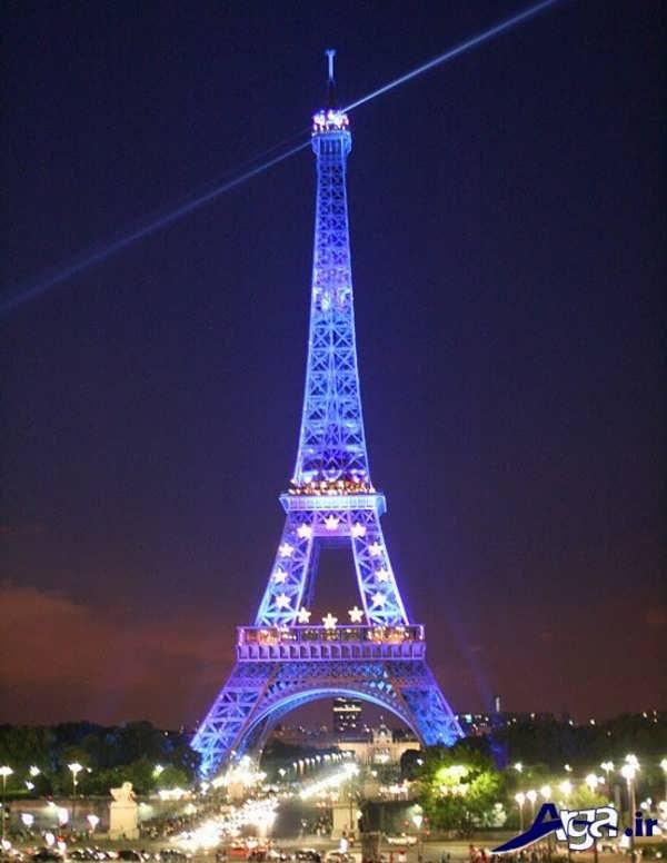 عکس های برج ایفل نورپردازی سفید