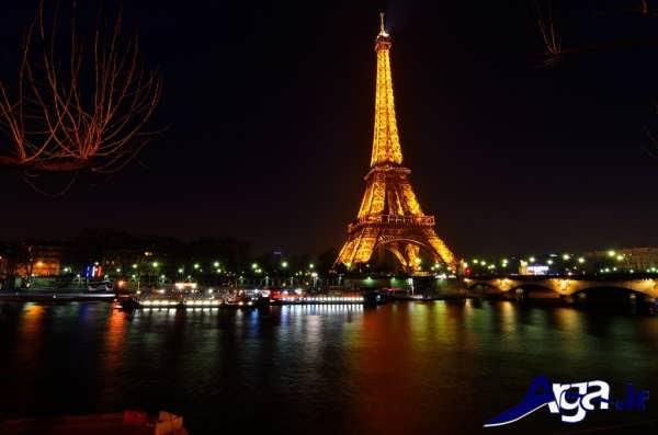 عکس های برج ایفل در شب