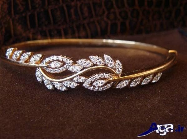 مدل دستبند طلا با نگین