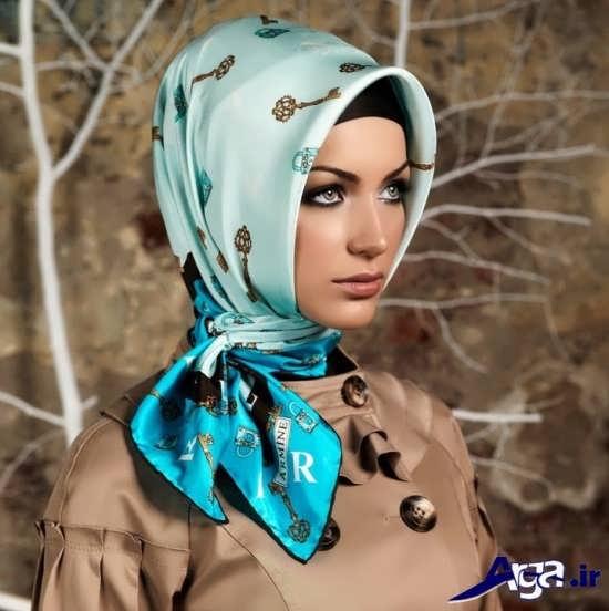 روش بستن روسری آبی