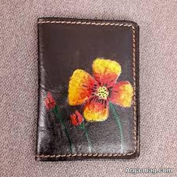 کشیدن نقاشی کیف چرم به شکل گل