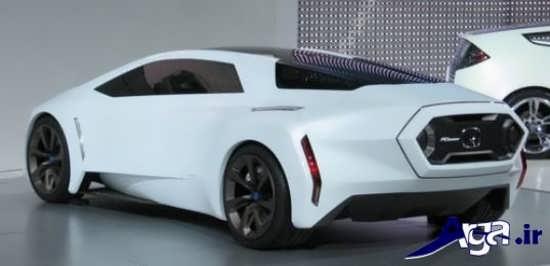ماشین اسپرت سفید