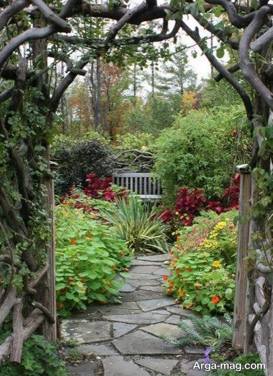 گلخانه در حیاط خانه