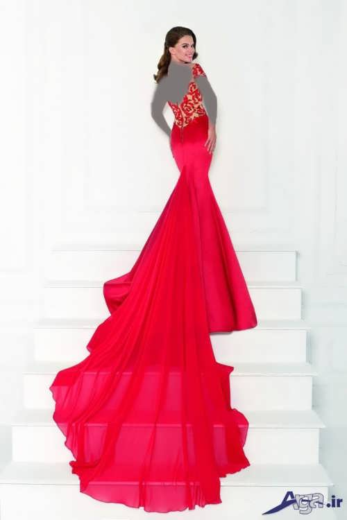 لباس نامزدی با دنباله بلند