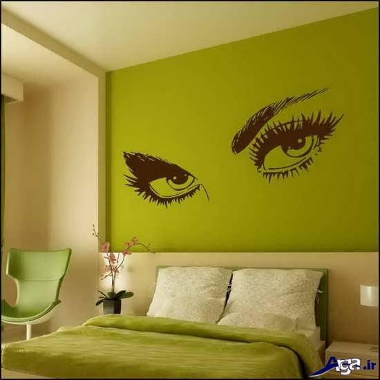 نقاشی چشم روی دیوار