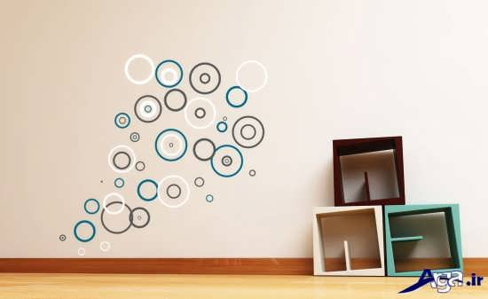 تزیین دیوار اتاق با طرح اسپورت