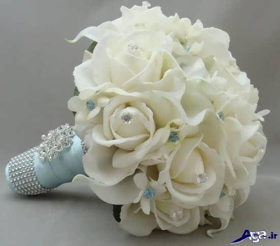 دسته گل رز سفید برای عروس