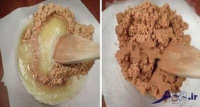 مخلوط کردن بیسکویت با کره و پودر کاکائو