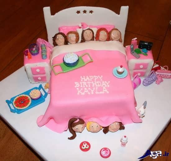 کیک دخترانه با طرح تختخواب برای تولد