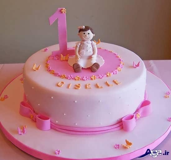 کیک برای تولد یکسالگی