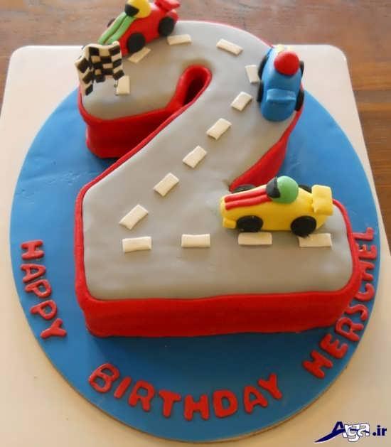 کیک برای نولد دو سالگی