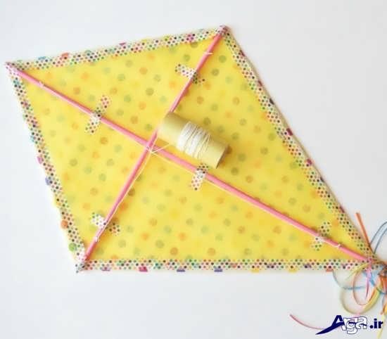 نوجوانان آموزش ساخت بادبادک کاغذی به صورت مرحله به مرحله و تصویری