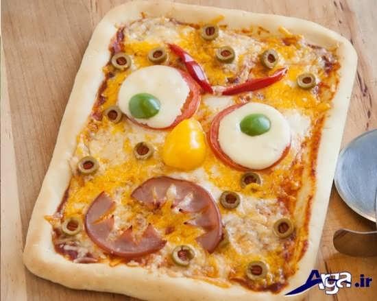 تزیین کردن پیتزا با طرح باب اسفنجی