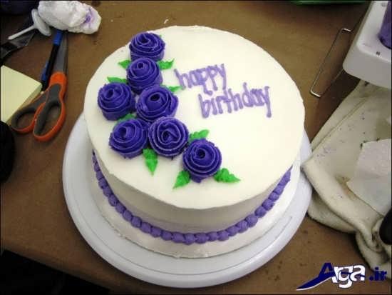 تزیی کیک با خمیر فوندانت با طرح گل
