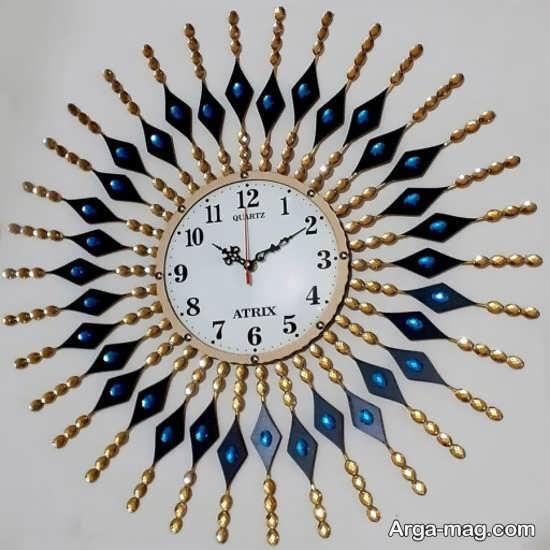 مدلی از ساعت دیواری لوکس