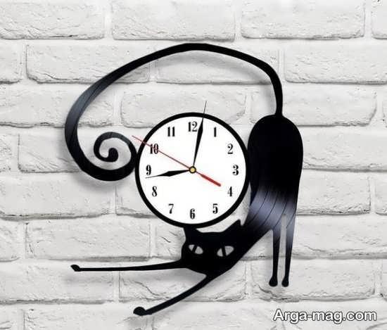 مدلی زیبا از ساعت دیواری