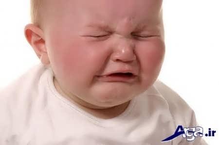 دشوار بودن مدفوع و کار نکردن شکم نوزاد