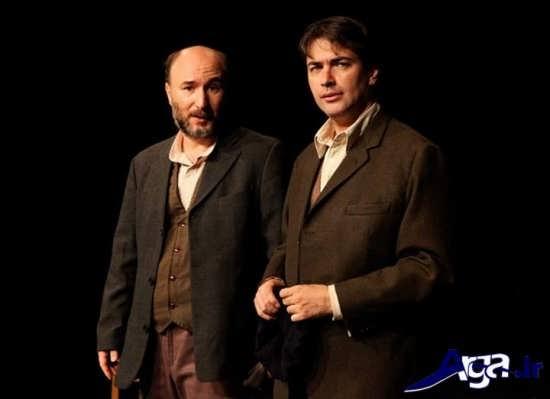 عکس پارسا پیروزفر در حال اجرای نمایش