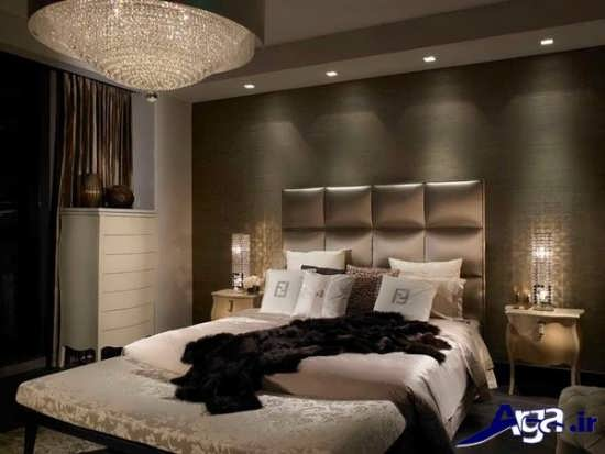 نورپردازی و کاغذ دیواری در درون اتاق خواب