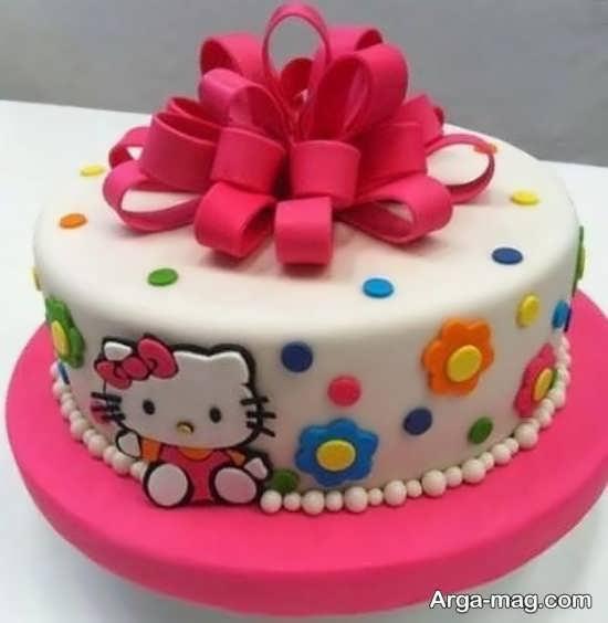 تزیینات کیک تولد خانگی با خمیر فوندانت